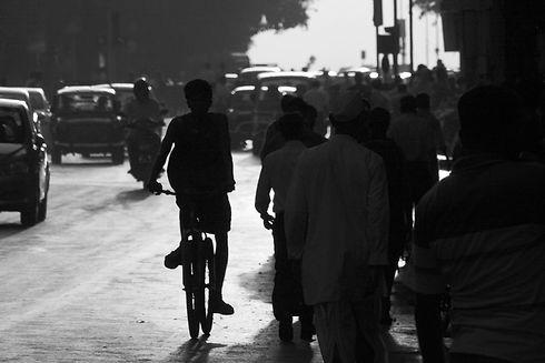 Street%20Silhouettes_edited.jpg