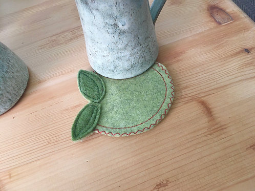 Apple felt coasters - set of four