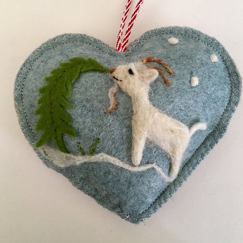 Mountain Goat~ In the snow personalised gift heart