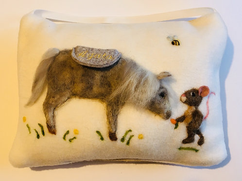 Tooth Fairy Pillow Mouse feeding horse with a carrot