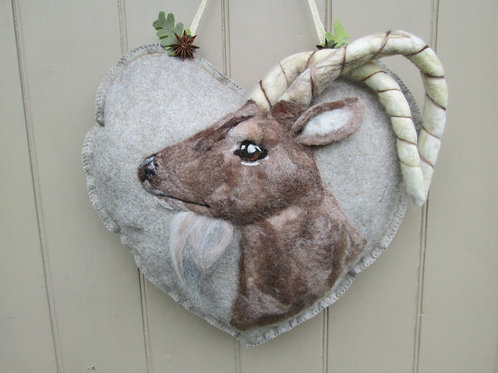 Steinbock Large Door Heart