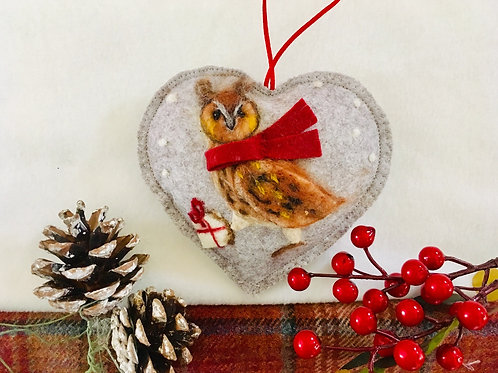Owl in the snow~  personalised gift heart