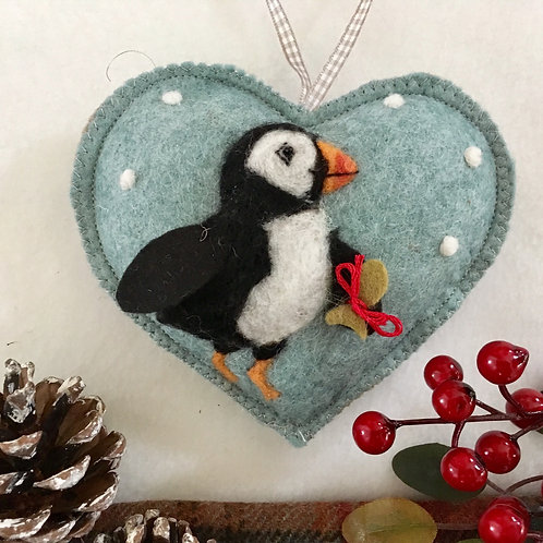 Christmas Puffin~  personalised gift heart
