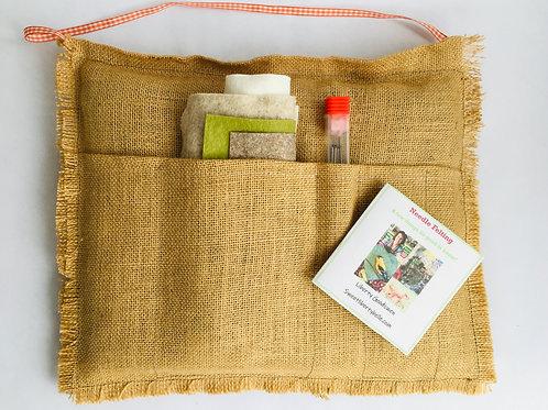 Starter Kit basic -Natural Felting mat + needles + core-wool + Roland wool + tip