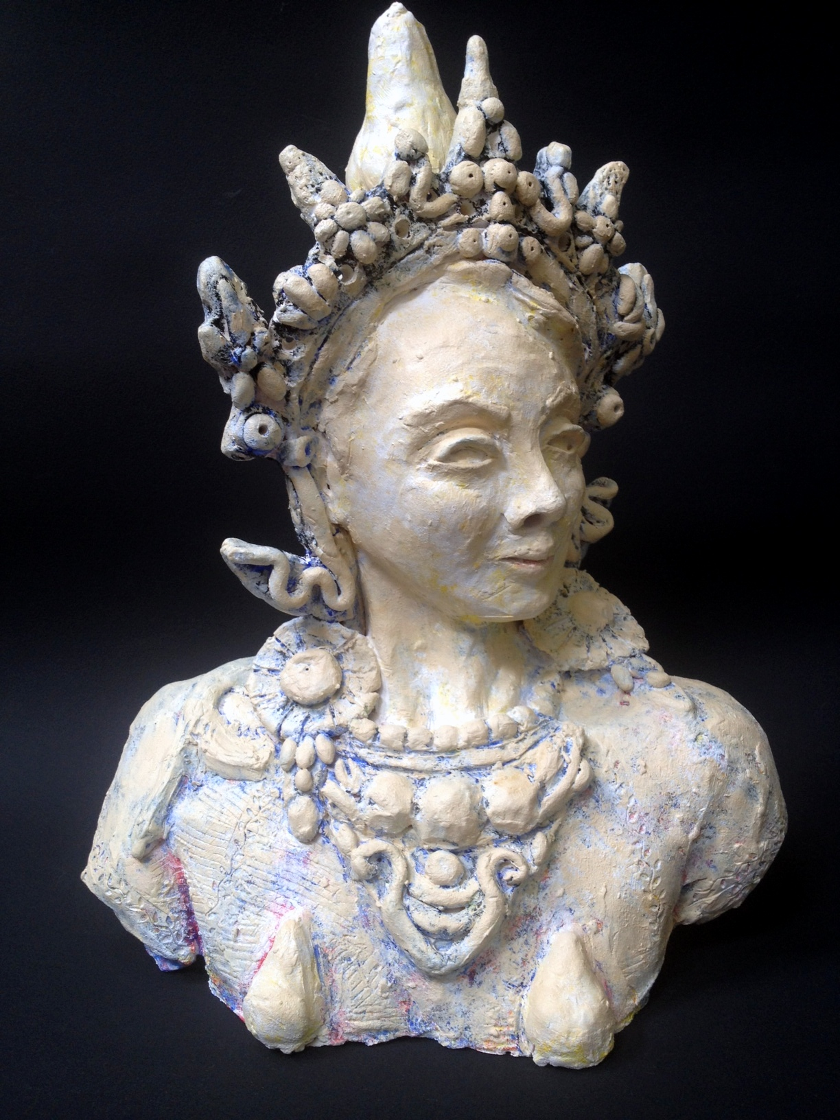 Falterman_L_3_Bhutanese_Pear_Goddess