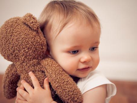 למה לתינוקות שלנו קשה להירדם?