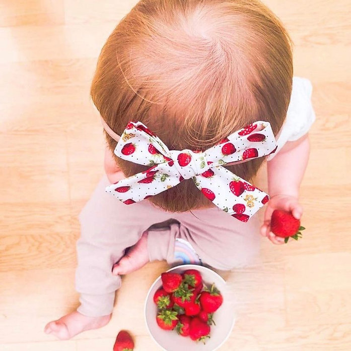 haie strawberry bow.jpg