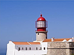 Alugar apartamento, Praia da Rocha, Alugar casa de férias, Alugar Moradia com Piscina no Algarve, Boa cama e boa mesa é na vacationsinalgarve.com