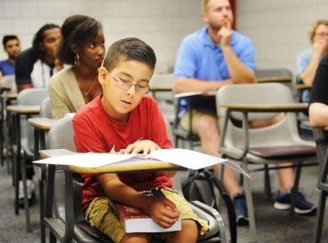 """""""Genio"""" de 9 años quiere demostrar que Dios existe"""