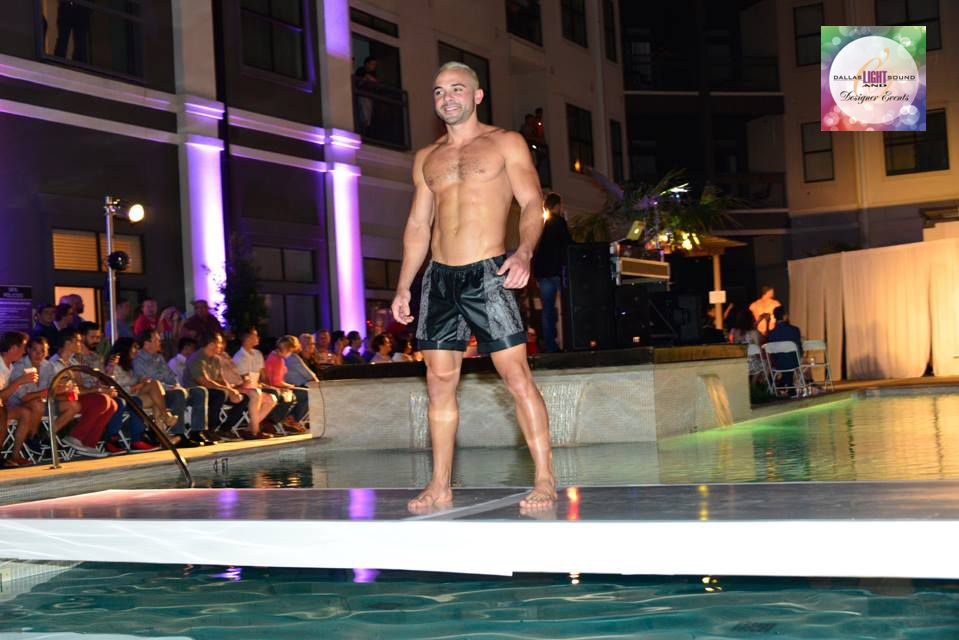 DRF - Poolside Fashion Show 02.jpg