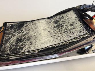 The 5 Most Common Ways People Break Their Phones