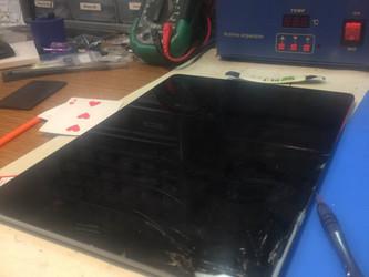 """iPad Pro 12.9"""" Screen Repair"""