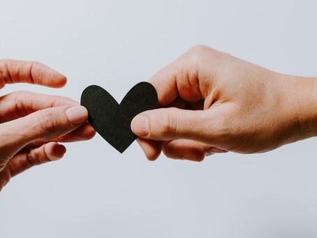 Como ajudar alguém a lidar com o luto