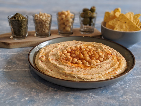 creamy and velvety homemade hummus