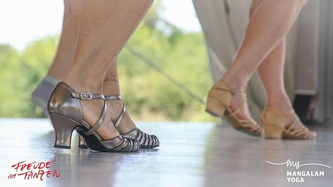 2020-Yoga & Salsa Urlaub- LOGOS-132-min.