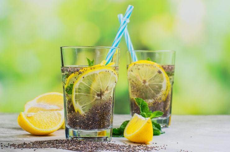 agua-fresca-limon-chia