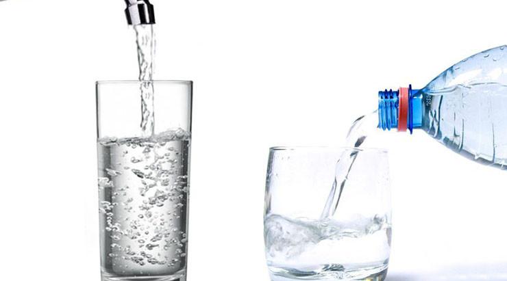 Diferencias entre Agua de Grifo y el Agua Embotellada