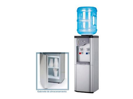 ¿Cómo usar un dispensador de agua?