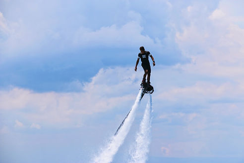 www.voyagerlanzarote.com FlyBoard H2O