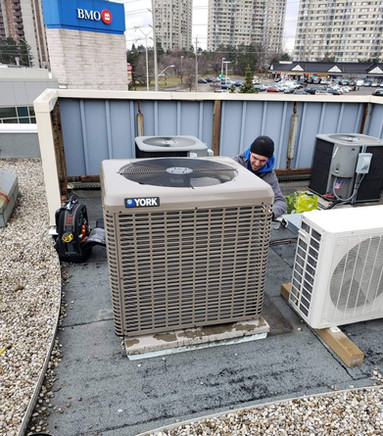 New Air conditioning unit at Caffe Demetries in Brampton