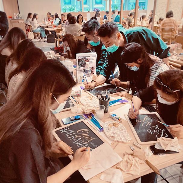 Chalkboard Art Workshop in K11