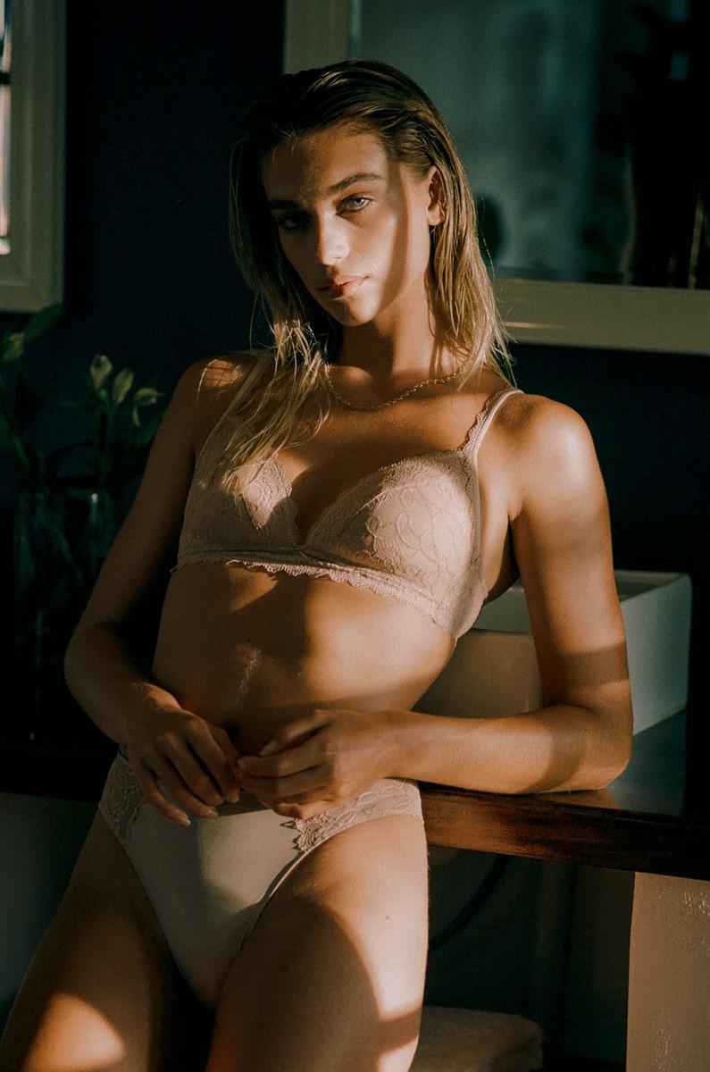 MeyBodywear_Label_IsabelHayn_FS21-16.jpg