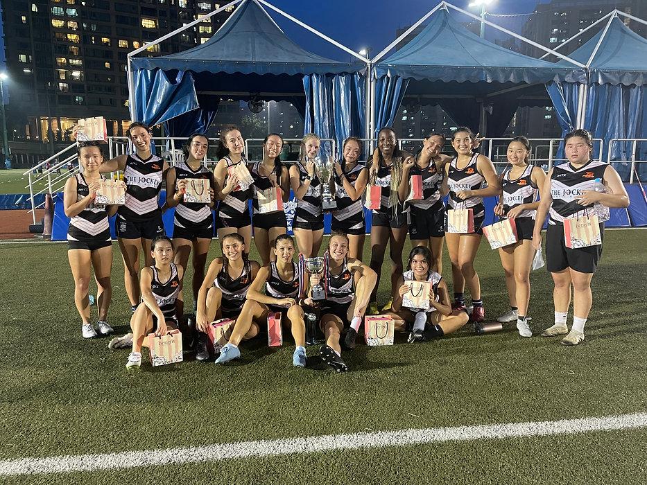T8 Wonders U19 Girls and U16 Girls.JPG