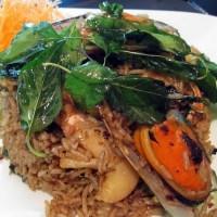 Basil Fried rice seafood