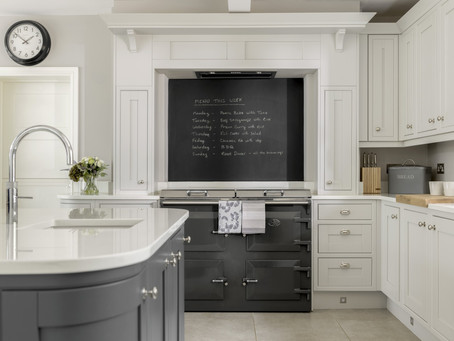 Creating a Casual New England Style Kitchen