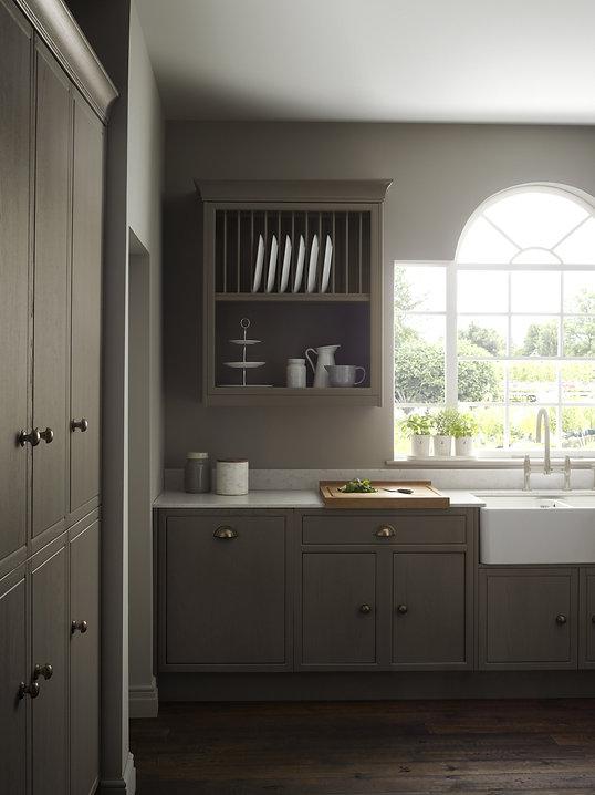 Harbury-Kitchen-Cameo-2-plate-rack-amd-2480x3310.jpg