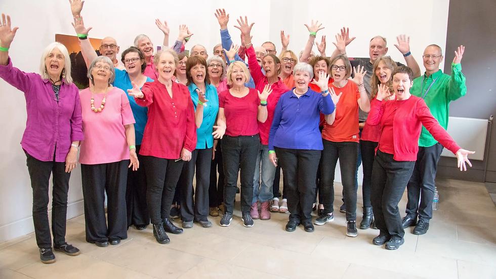 Durham-Scratch-Choir-Cheering-scaled.webp