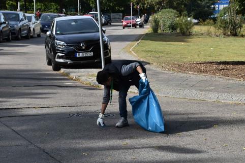 Clean_Up_Day_Website-0071.jpg