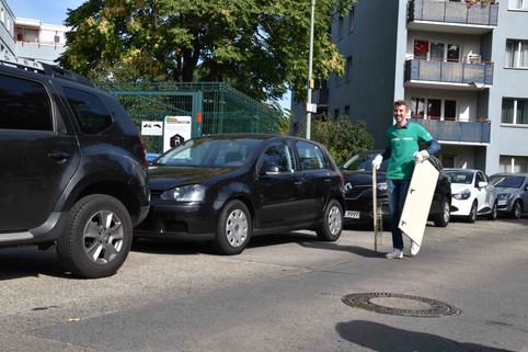 Clean_Up_Day_Website-0103.jpg