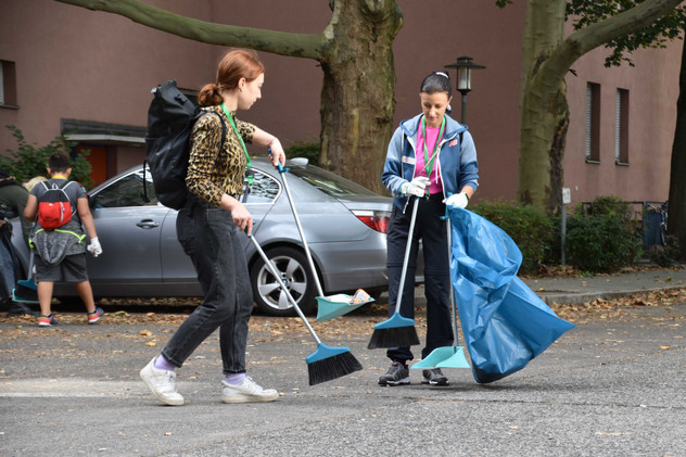Clean_Up_Day_Website-0121.jpg