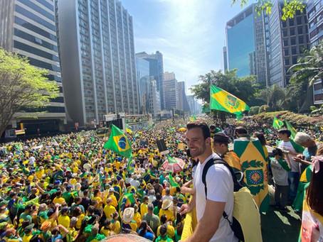 CONFIRA COMO FOI O CAMINHÃO MONARQUISTA NA PAULISTA NO DIA 7 DE SETEMBRO DE 2021!