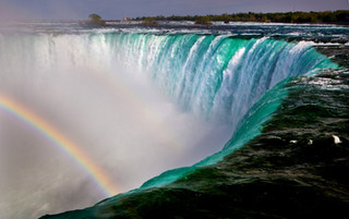 Niagra Falls, Canada_resize.jpg