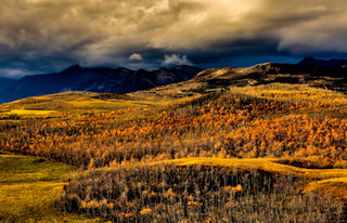 Prairies meet the Rocky Mountains, Alber
