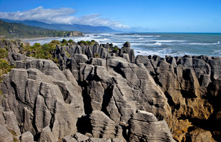 Pancake Rocks, New Zealand_resize.jpg