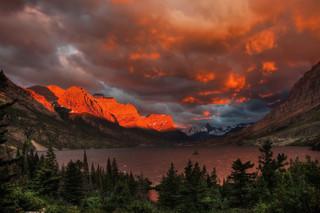St Mary Lake, Glacier Nat Pk, Wy_resize.