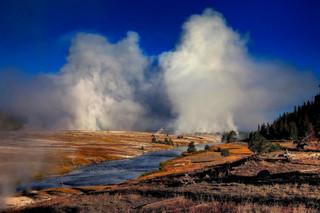 Midway Geyser Basin, Yellowstone_resize.