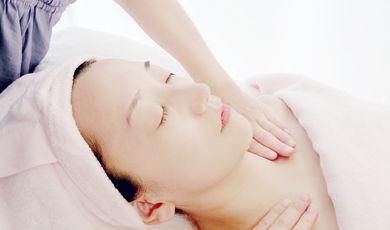 アロマ ビタミン使用 肩こり首コリ リラックスフェイシャル マイトリ