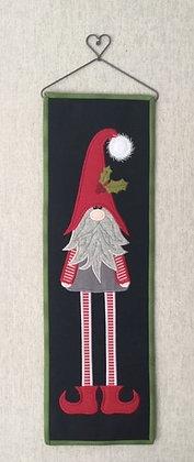 skinny gnome quilt