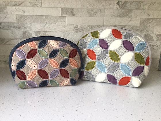 Petals curved bag
