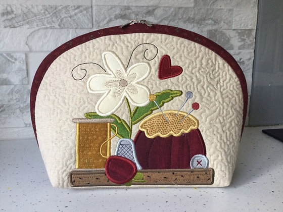 Sew Happy curved bag