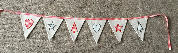 in the hoop christmas bunting