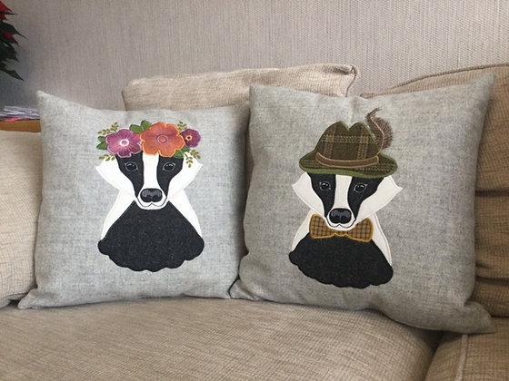 Mr & Mrs Badger (tweed set)