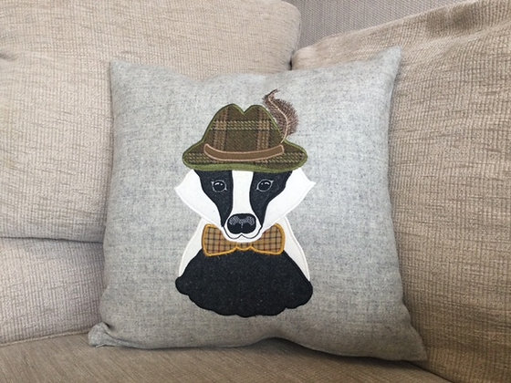 Mr Badger(tweed)