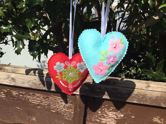 padded hearts with flowers in the hoop x2
