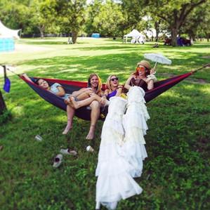 Wonderful Girls in the Hammock, CIRCUS PICNIC Party Goers and Performers bond, the CIRCUS PICNIC Steampunk Aeronauts theme Party Ideas, Austin Texas, Houston Texas, Dallas Texas, San Antonio Texas