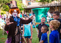 Party Magician Tricks, Wonderland Theme Corporate Party Entertainers, Performers, Creative Entertainment, Texas, CIRCUS PICNIC Circus Style Event